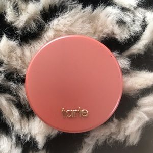Tarte blush in Quirky